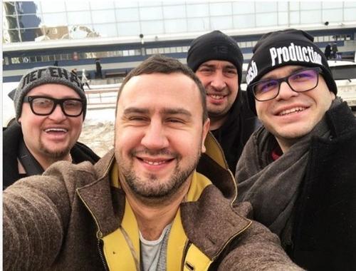Шоу-бизнес с мордобоем. В аэропорту Челябинска произошла драка между продюсерами, имеются пострадавшие