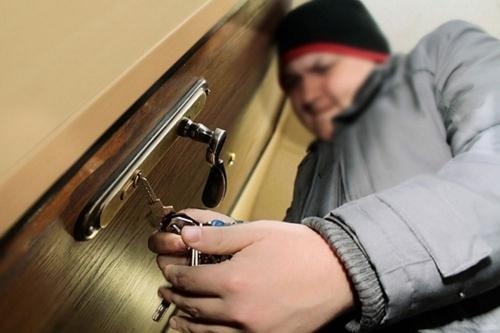 Квартира приглянулась. В Челябинске задержали вора-домушника