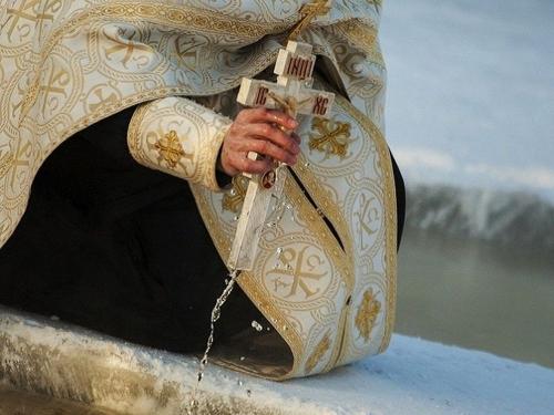В прорубь - с головой. В Челябинске готовятся отметить Крещение Господне