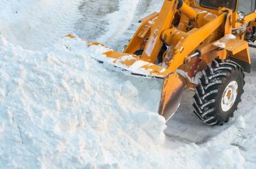 Нарушения нашли везде. Градоначальник недоволен ходом уборки снега в Челябинске