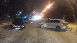 Аварийный кульбит. В Челябинске автоледи спровоцировала тройное ДТП