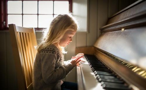 Уроки музыки. В Челябинске обновят материальную базу школ искусств