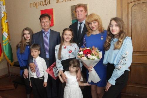 Пример для подражания. «Семью года» назвали в Челябинске