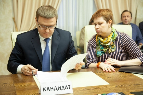 Кандидаты готовят программы. В Челябинской области официально начались выборы