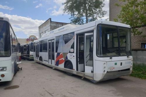 Кладбище городского транспорта. В Челябинске вместо того, чтобы ремонтировать подвижной состав, покупают новый