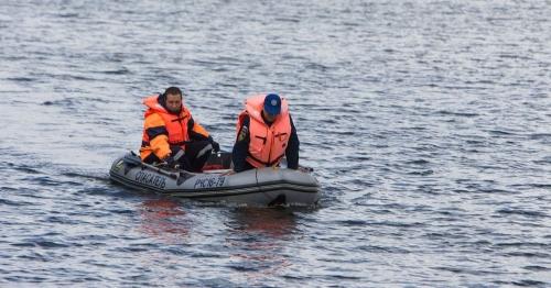 Плавать с опаской. В Челябинске установилась аномальная жара, которая заставляет горожан проводить время на воде