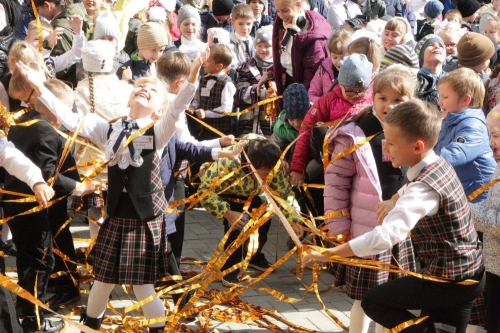 Школьникам будет где развернуться. В Челябинске открылась новая школа, где главная отличительная черта – огромные площади