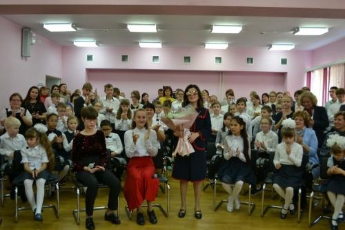 Невероятные знакомства. В Челябинскую коррекционную школу пришла знаменитая певица