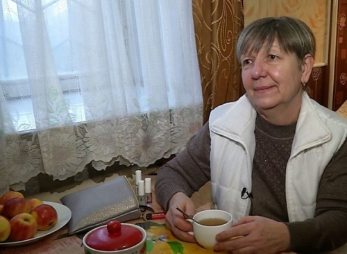 На пенсию – в своей квартире. В Челябинске учительнице наконец-то дали жильё