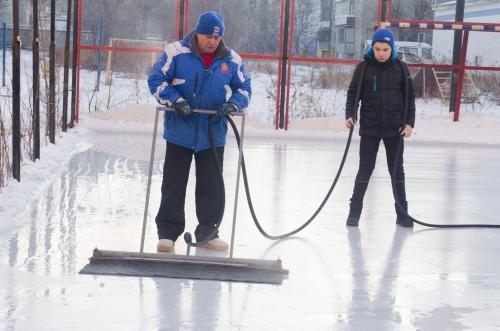 Почти 100 площадок. Этой зимой в Челябинске будут работать около сотни бесплатных катков