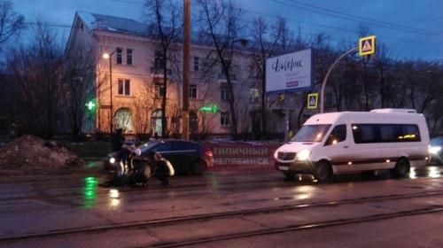 Боялась опоздать. Жительница Челябинска попала в аварию по дороге на работу