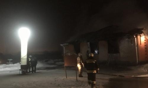 Подвели электроприборы? В посёлке Вахрушево под Копейском сгорел храм Рождества Христова